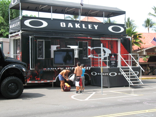 Oakley has it goin' on